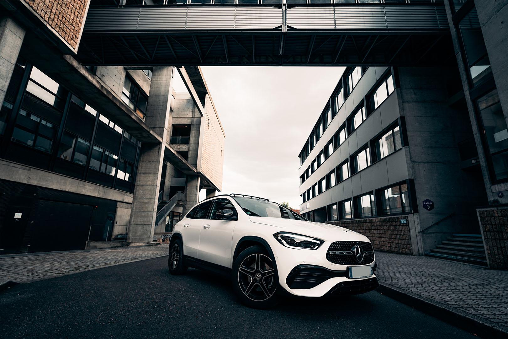 Mercedes_outside-1
