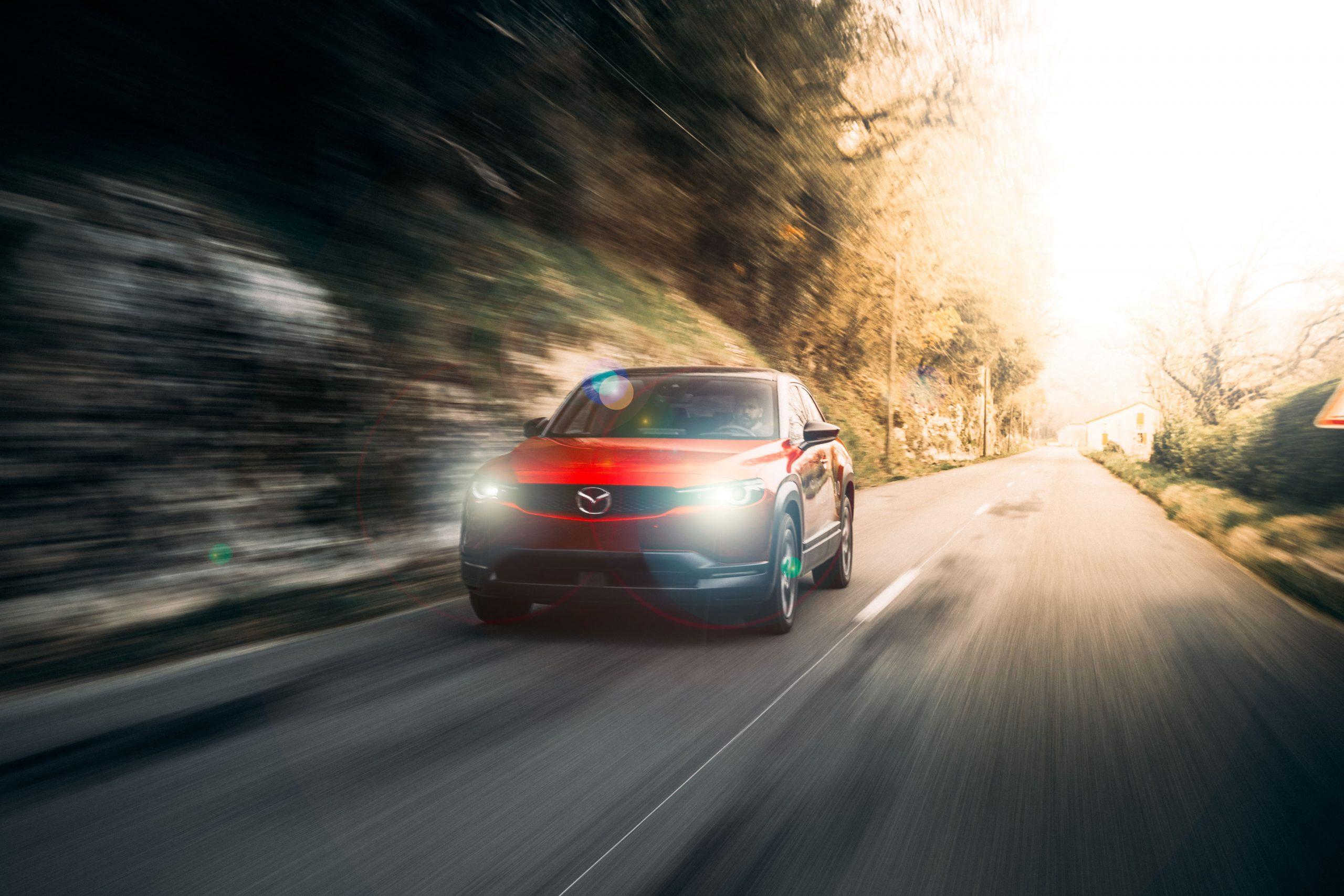 Photographe vidéaste Bordeaux : publicité Mazda